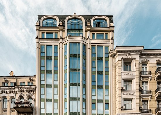 11 Mirrors design hotel is owned by Vitali and Wolodimir Klitschko.